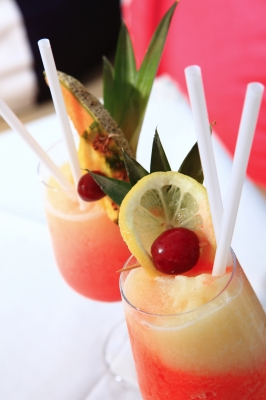 make your drinks look appealing by adding straws, umbrellas and bits of fruit to finish it off.
