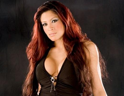 WWE Diva, Melina