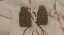 Crochet bunny ears using pattern below.