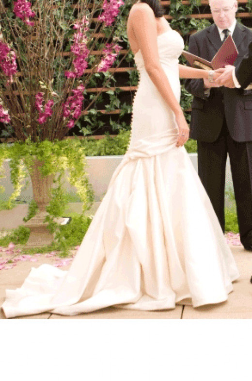 Buy a Used Gown For Your Wedding