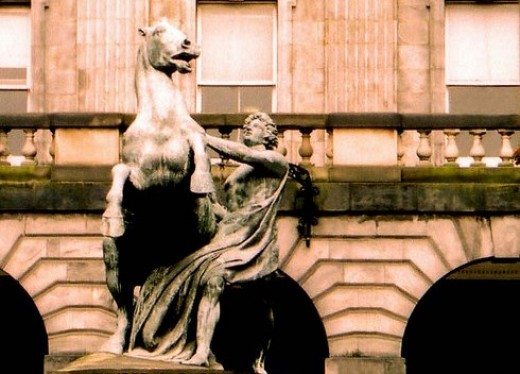 Statue of Alexander and Bucephalus