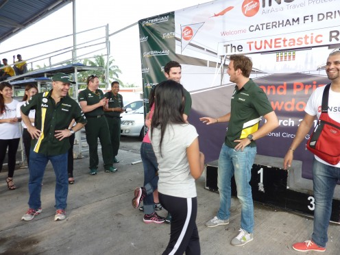 In this VERY pic, I was HUGGING Alexander Rossi. WHY, Devi? WHY?! -faints-