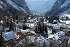 A Rough Guide to the Valle d'Aosta  in Italy : Things to do in Courmayeur Mont Blanc