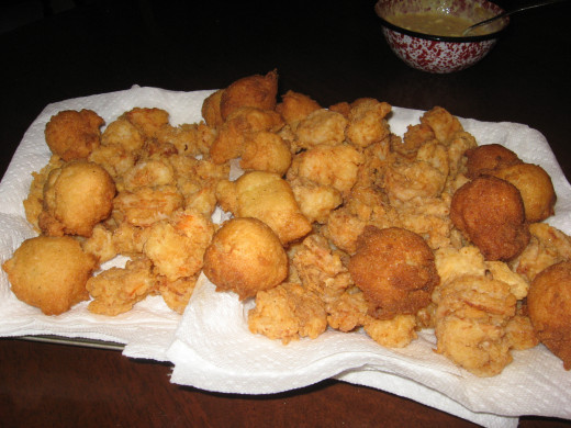 Fried Shrimp and Hushpuppies
