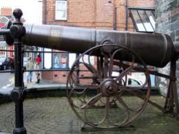 The Cannon from the Crimean War given to Lord Cardigan.