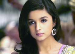 Sweet Cute Princess Alia Bhatt, Unseen and Rare HD pics, videos, songs, Unkown Facts and more