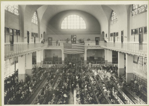 The main hall at Ellis Island circa 1907-1912
