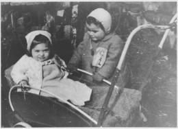 Two Jewish toddlers wearing Jewish badges in Croatia.