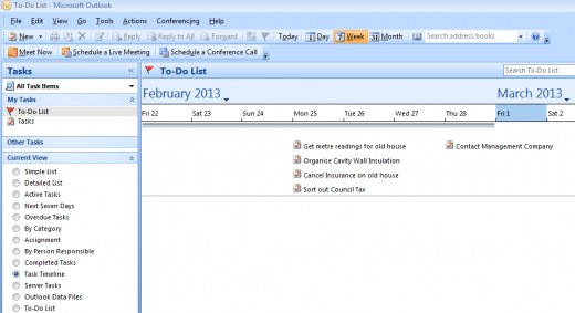 Using the Task Timeline view in Outlook 2007 and Outlook 2010 to see when tasks are due.