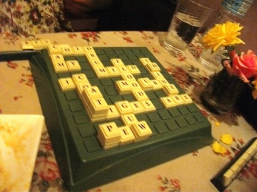 play some board games while waiting for your order to be served.