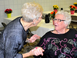 Sisters with Alzheimer's Remember Each Other