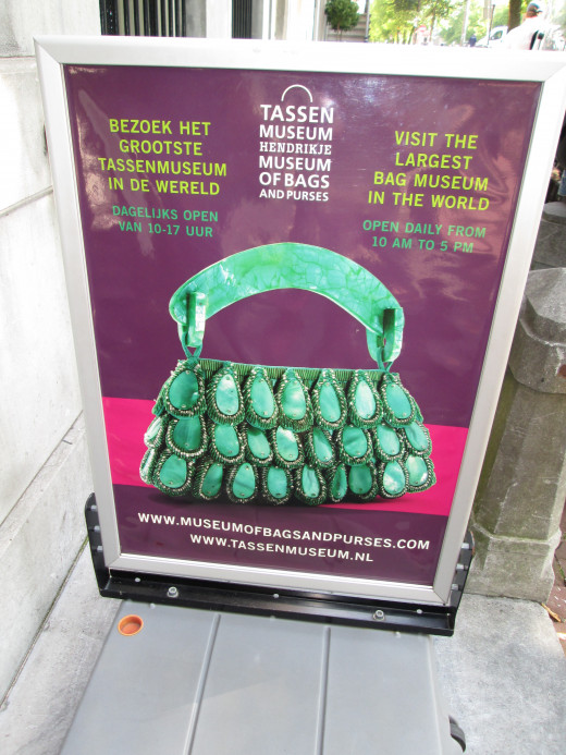 The Tassenmuseum--the world's largest collection of handbags and purses--spans from the 1500s to the present day.