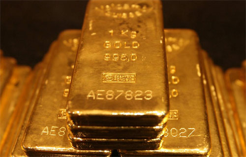 Investors can diversify and safeguard their portfolios by purchasing gold bars.