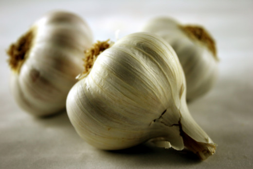 Garlic is a popular home remedy for yeast infection.