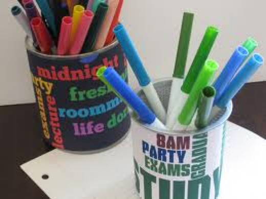 Some DIY pencil cups that you can create.