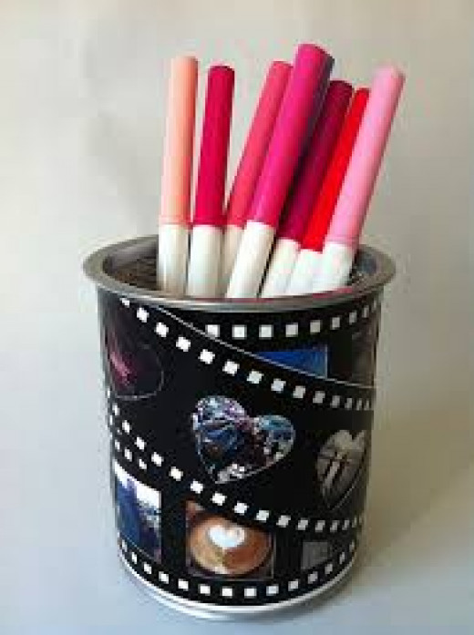 Some pictures on the pencil holder wont look that bad on the can!