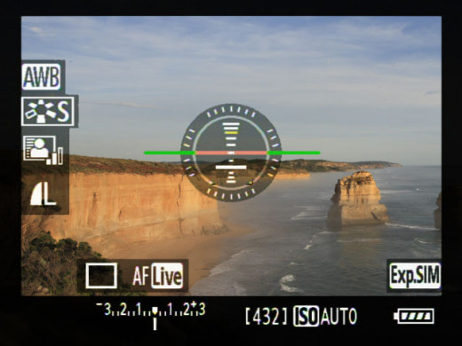 Get perfect horizon shots with the Canon EOS 60D's digit level function.