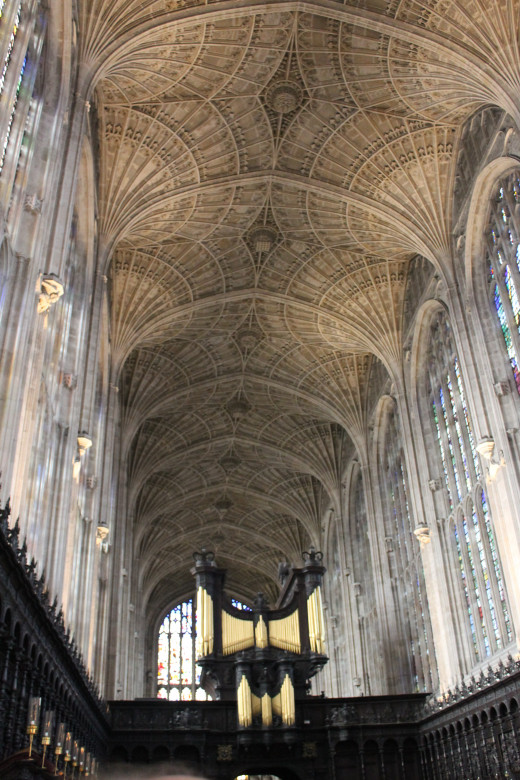 Fan-vaulted ceiling