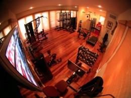 A great stet up of a home fitness gym