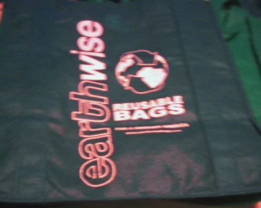 Earthwise is only one brand of re-usable grocery bags.