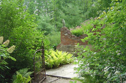 Beautiful gardens Inniswood photo copyright Ilona Erwin