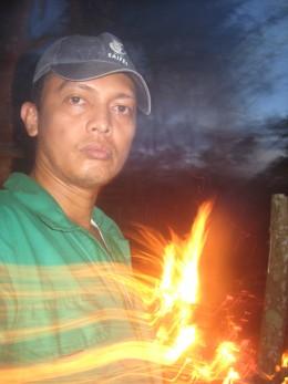 Fire effect (Photo Source: Ireno Alcala aka travel_man1971)