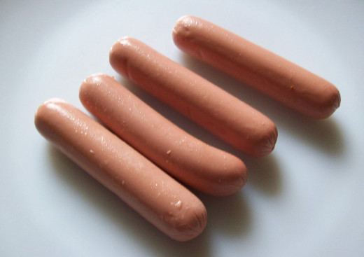 Hot dogs anyone? These are vegetarian Sausages, containing water, oil, soy, onion, egg, wheat and spices.