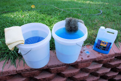 Wise ways to use pails to wash your car