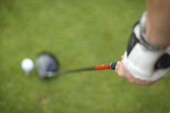 7 Tips On How to Drive a Golf Ball Straight