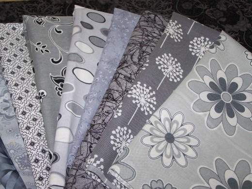 Fabric Greigh, gray or grey??