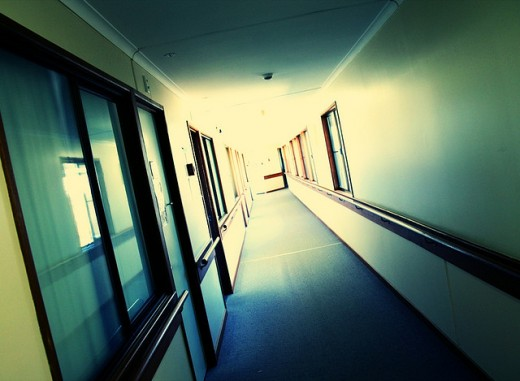 I saw a girl's ghost in a hospital hallway.