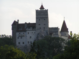 A real picture of Dracula's Castle!