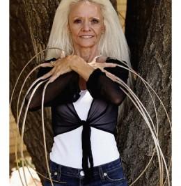 Lee Redmond, woman with the longest fingernails.