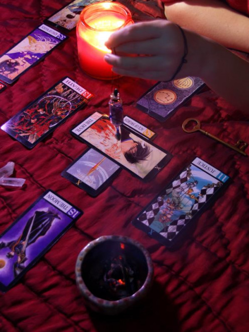 Just take your time, be patient and don't give up and you'll soon be able to read the Tarot Cards in no time no matter which deck you chose.