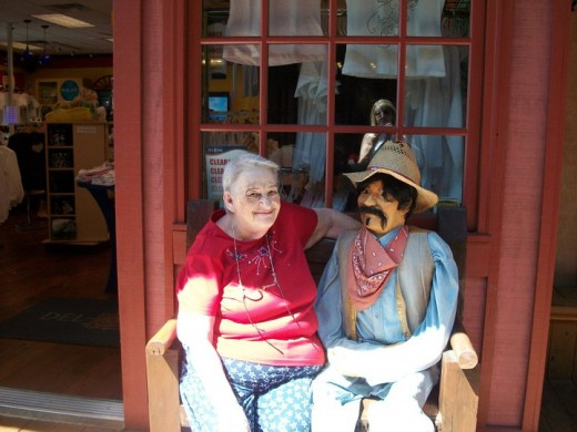 Meet new friends and explore interesting shops in Old Town Scottsdale.