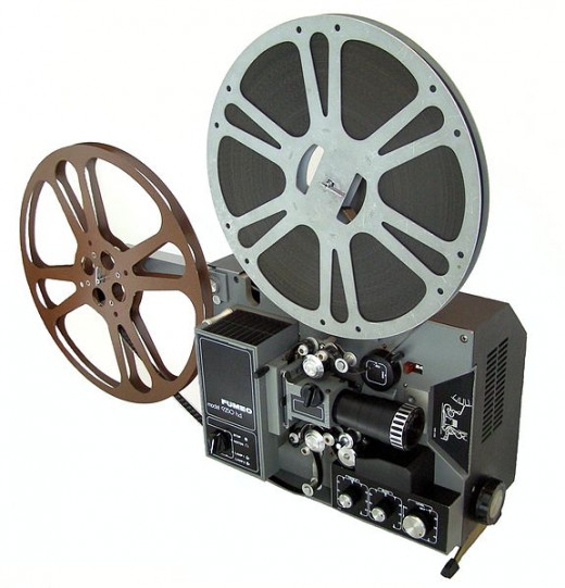 A Fumeo 9250 film projector.