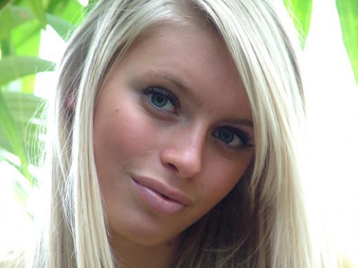 Blonde girl Antaman