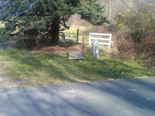 The trail crossing at Linden, Virginia where my Aunt and Uncle dropped us off after a 1 1/2 day stay at their house.