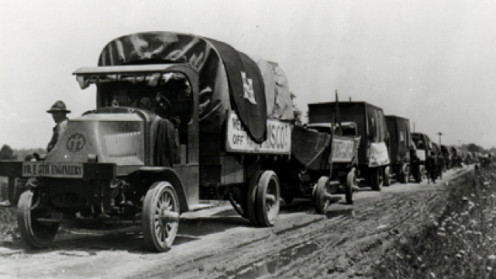 A military ​convoy drove coast-to-coast on the Lincoln to show the need for better roads. NOTE: Photo in the public domain
