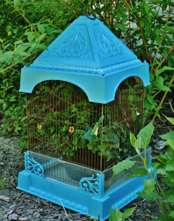 Easy Birdcage Planter