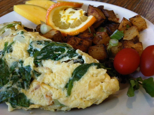Spinach omelette can be one of your natural remedies for PMS.