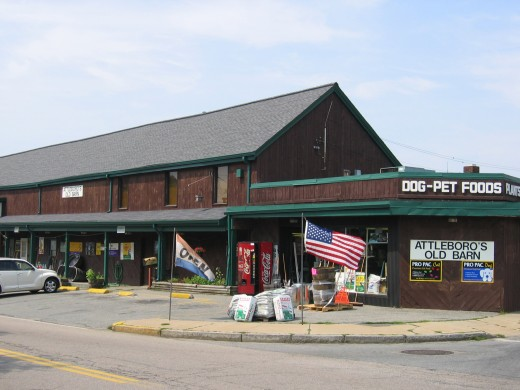 The feed & grain store we owned from 2003 through 2011.