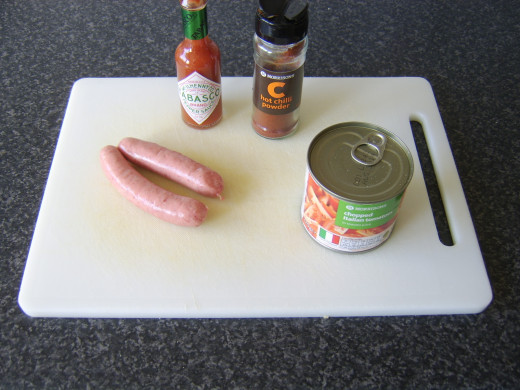 Sausages with spicy tomato sauce ingredients