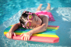 Swimming Pool Games: 5 Fun and Cheap Games