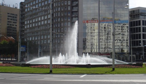 Rotterdam: Hofplein. Traffic intersection and fountain