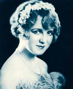 Famous actress, of he 1920s, Pauline Garon.