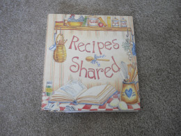 Recipe scrapbooks or binders are a great idea for women who like to cook, or who want to keep family recipes