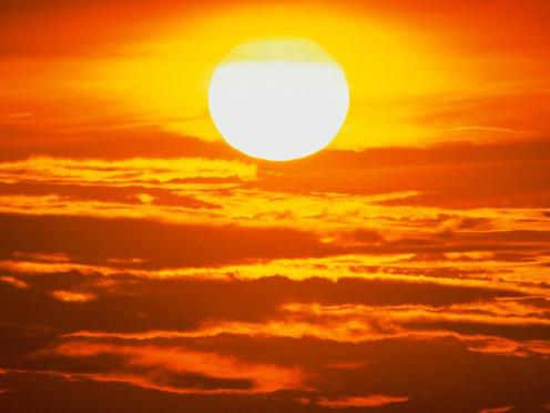 """ ... I am the sky,she is the sun ... """