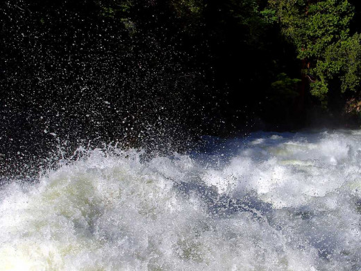 rivers foam rapids splashing in public domain image category: river is in public domain.