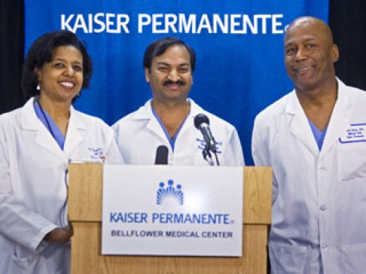 Doctors Karen Maples, with Harold Henry and Mandhir Gupta take questions about a mother who gave birth to 8 babies in a hospital south of Los Angeles.
